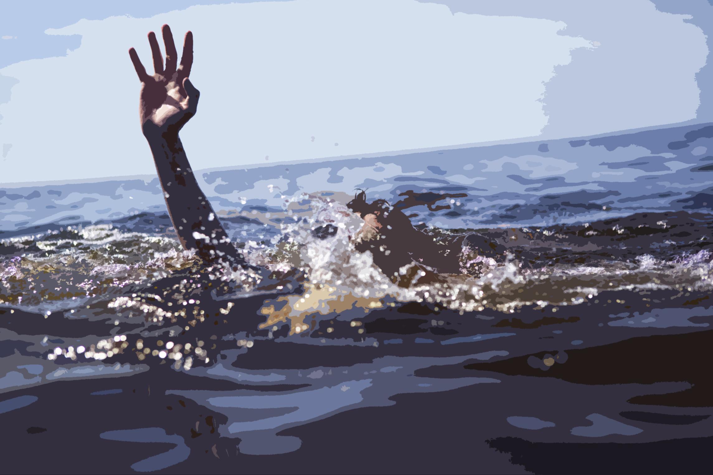 сначала в море ушло 9 рыбачьих лодок а потом еще 4 лодки