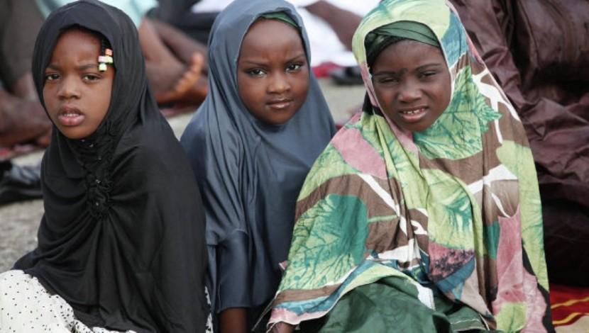 В Нигерии разрешили носить хиджабы в школах