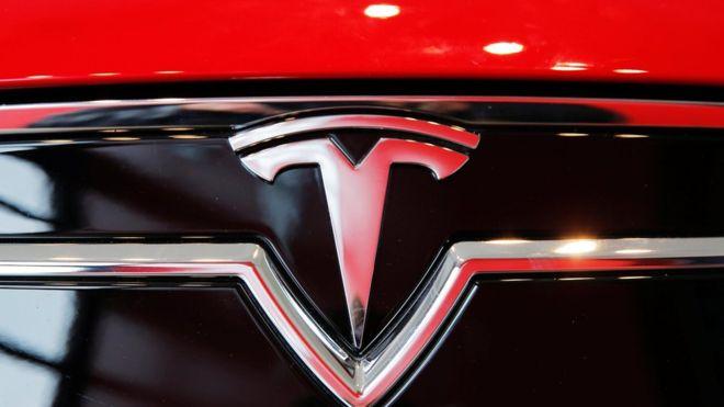 Водитель Tesla погиб из-за автопилота