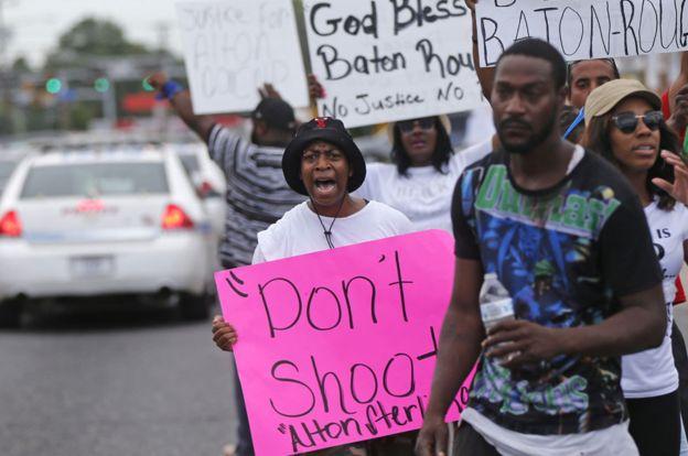 В США проходят массовые беспорядки после убийства афроамериканца