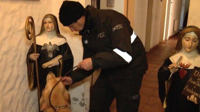В Аргентине монахинь подозревают в хранении денег чиновника-коррупционера