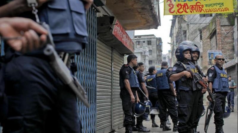 Найден друг боевика, устроившего теракт в Бангладеше