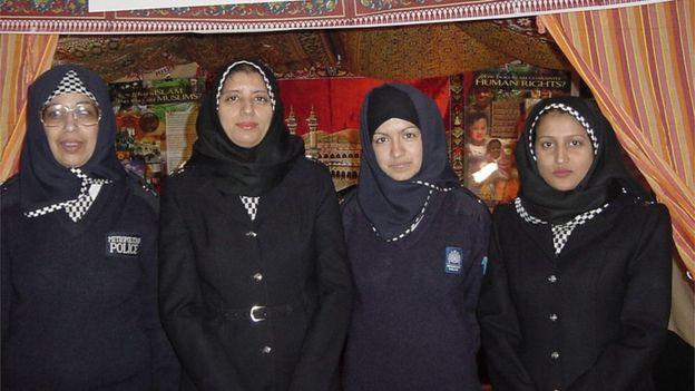 Канадская конная полиция разрешила своим служащим носить хиджаб