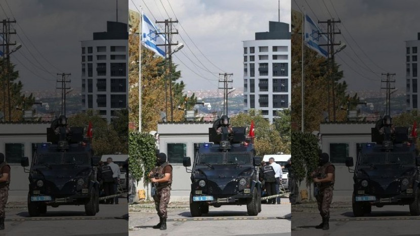 В Анкаре нейтрализован напавший на израильское посольство