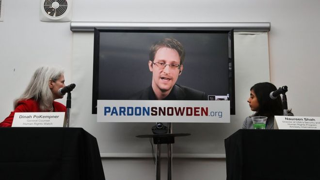 Эдвард Сноуден хочет домой в США