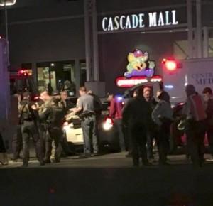 В США латиноамериканец устроил стрельбу в торговом центре, есть погибшие