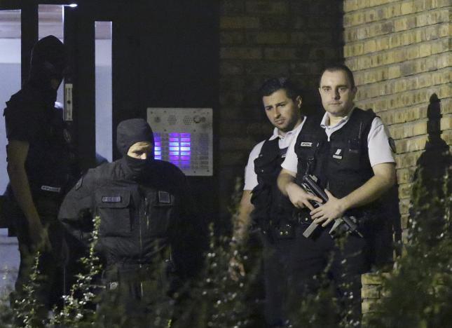 В Париже арестованы трое женщин подозреваемых в терроризме