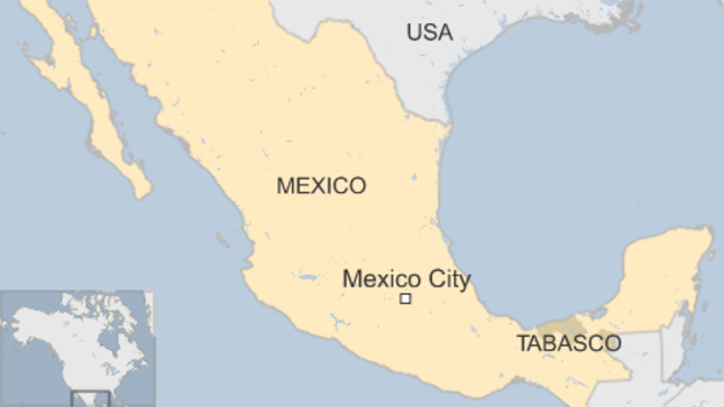 В Мексике задержали грузовик со 120 мигрантами