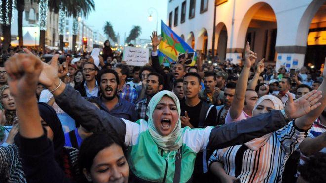 В Марокко проходят многотысячные акции протеста