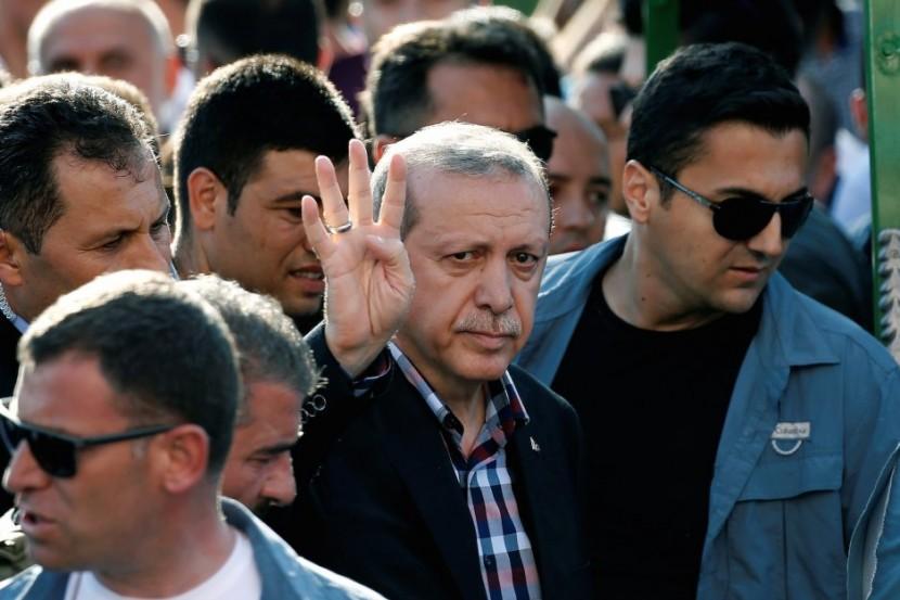 Турецкие власти арестовали 125 полицейских