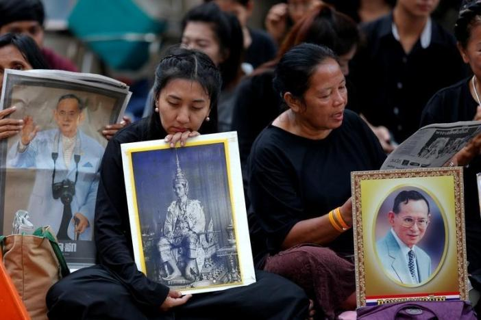 Таиланд оплакивает смерть короля Бхумибола Адульядея