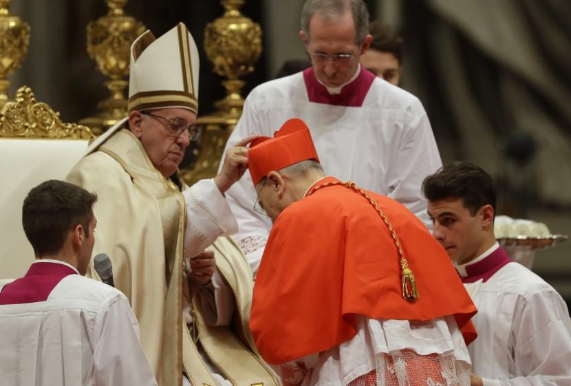 Папа Римский Франциск осуждает рост национализма в США и ЕС