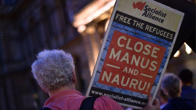 Австралия переселит нелегальных мигрантов в США