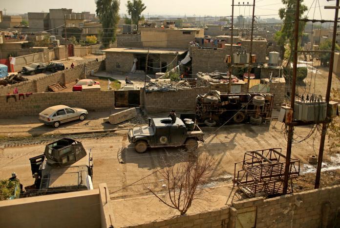 Некоторые районы Мосула возвращаются к жизни