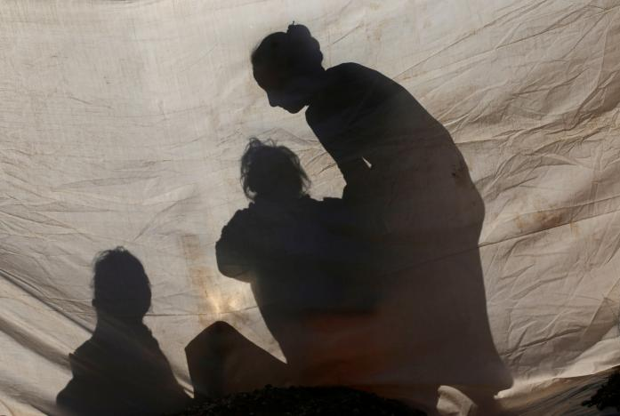 Мирные жители Ирака бегут с территорий сражений