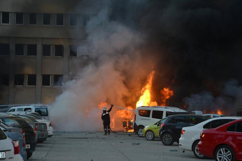 В турецком городе Адана прогремел теракт