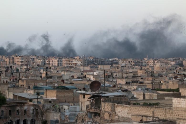 Ввосточном Алеппо неменее 40 боевиков добровольно сложили оружие