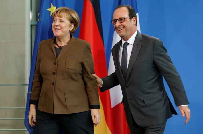Меркель и Олланд высказались за продление санкций в отношении РФ