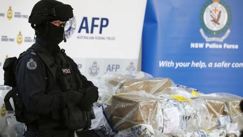 Австралийский полицейские конфисковали у рыбаков тонну кокаина