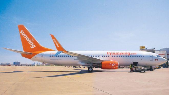 В Канаде пьяного пилота задержали прямо в кабине самолета