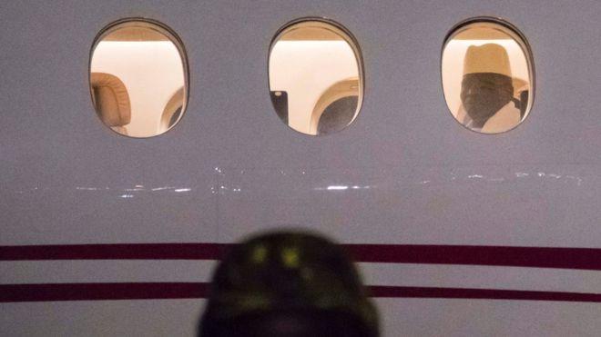 Гамбийский диктатор отправлен в отставку