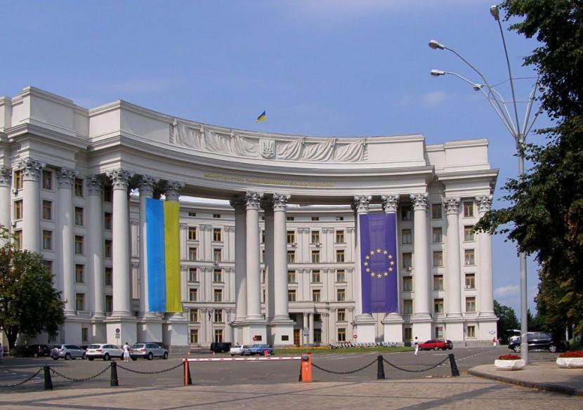 МИД Украины просит усилить санкции против РФ