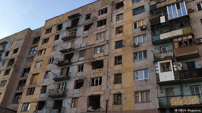 Боевики вновь обстреляли Авдеевку: пострадал гуманитарный пункт