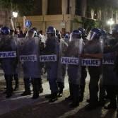 В парламенте Южной Африки депутаты подрались с охраной