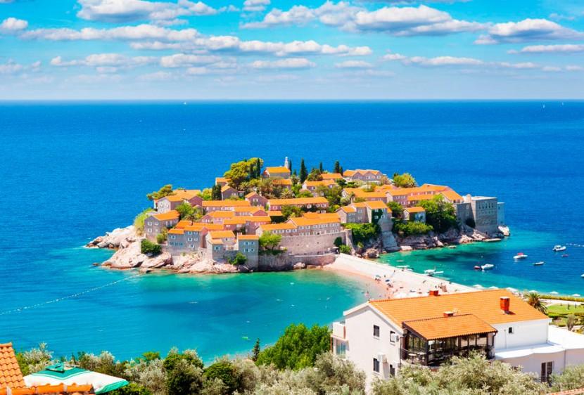 Отличный отдых в солнечной Черногории!