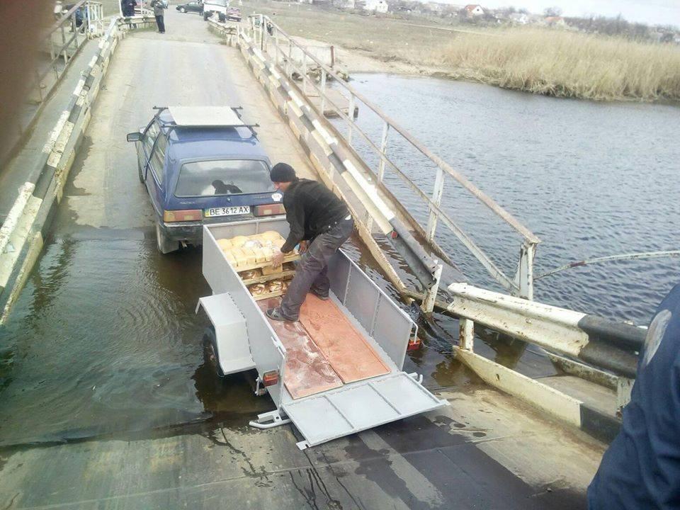 НаНиколаевщине затопило понтонный мост