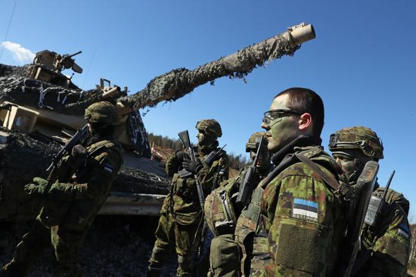 Американские танки приближаются к России