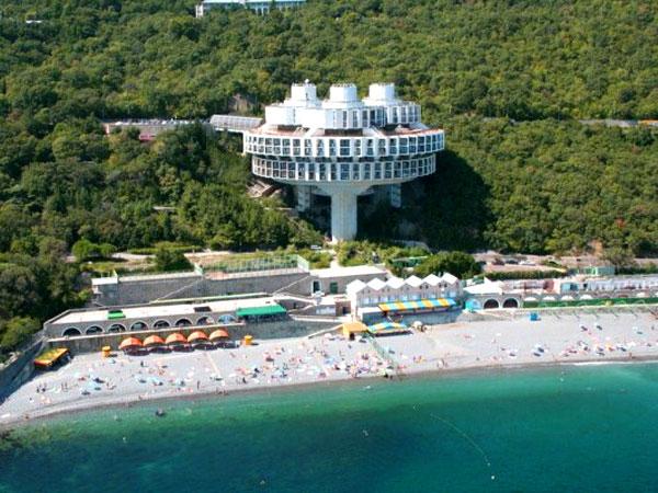 Вариант провести летний отпуск в Крыму