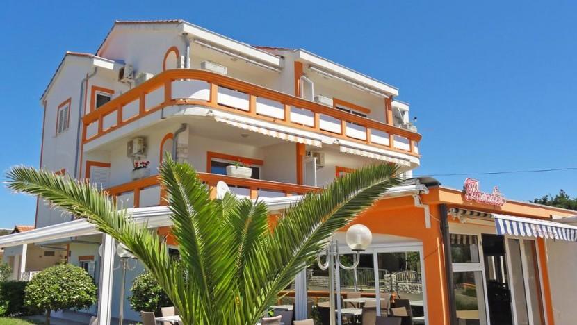 Paradisos apartments апартаменты