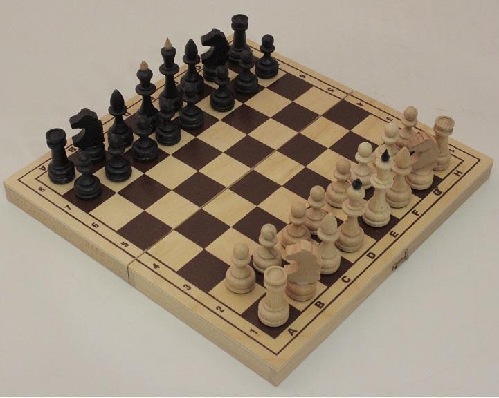 Подарочные шахматы ручной работы на свадьбу — отличная идея!