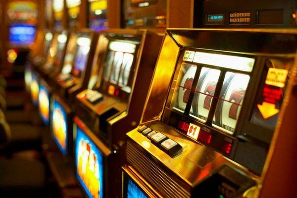 Релакс и заработок в игровых автоматах казино Вулкан