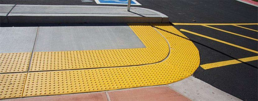 Оборудование тротуаров плиткой для инвалидов