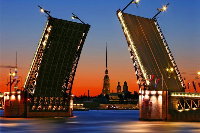 Экскурсоводы и гиды в Санкт-Петербурге