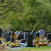 Как облагородить место захоронения на кладбище