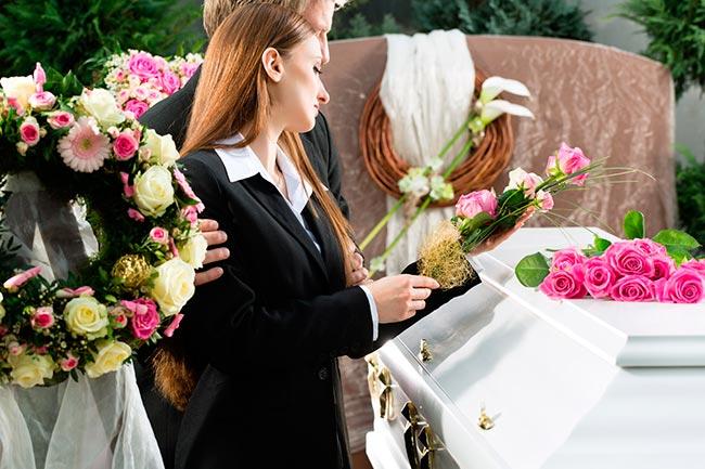 Организация похорон. Бесплатный выезд ритуального агента и услуги