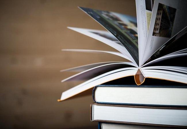 Жизнь на карантине и в отпуске. Какую книгу прочитать?