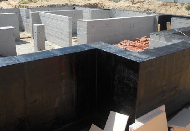 Жидкая резина для гидроизоляции фундамента