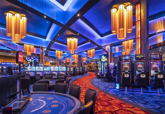 Заработок в сети интернет. Онлайн казино Spin City: лучшие слоты, щедрые бонусы, частые выплаты