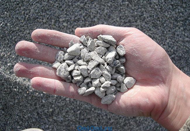 Добыча и доставка природных камней. Уникальные свойства природных цеолитов