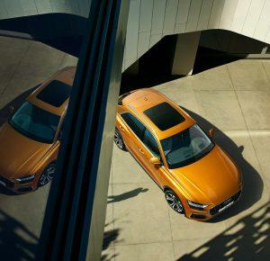 Покупка автомобиля современного образца - Audi Q8 в Москве