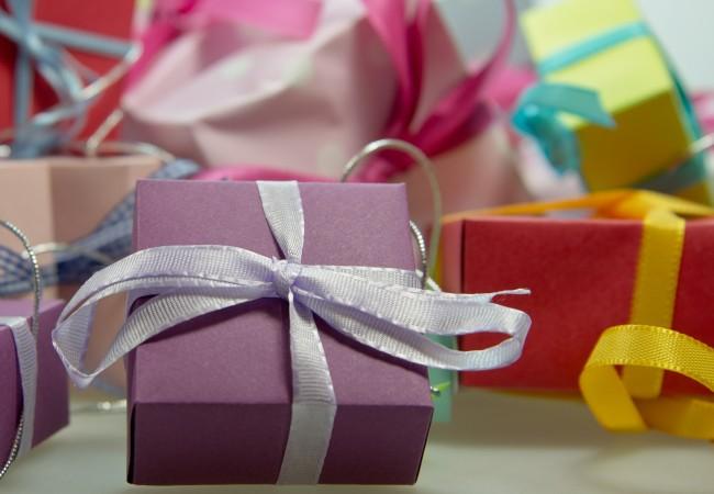 Покупка электроники, бытовой техники и автомобильных товаров на подарок