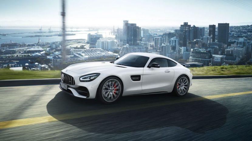 Mercedes-AMG GT: особенности автомобиля. Спортивный стиль кузова и салона
