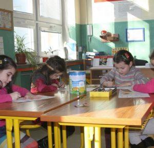 Плакати, меблі та стенди для 1 класу — обладнання для нової української школи