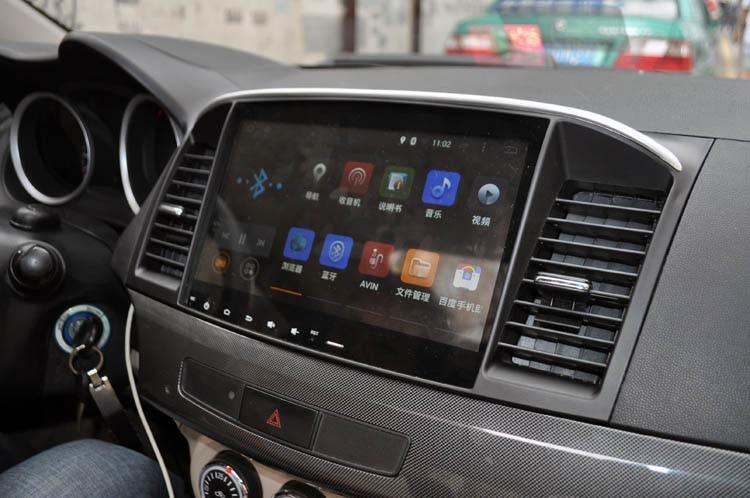 Штатные магнитолы Mitsubishi в современном понимании уже мультимедийные системы