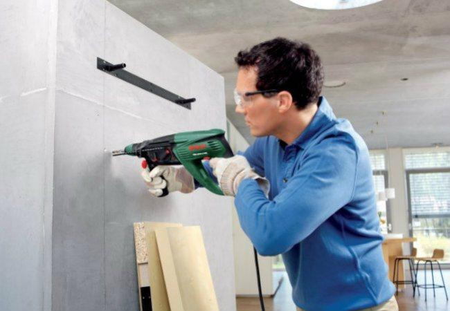 Услуги мастеров по ремонту электрики, сантехники и комплексного ремонта
