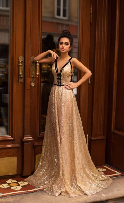 Как выбрать достойное платье для женщины на популярные праздники?